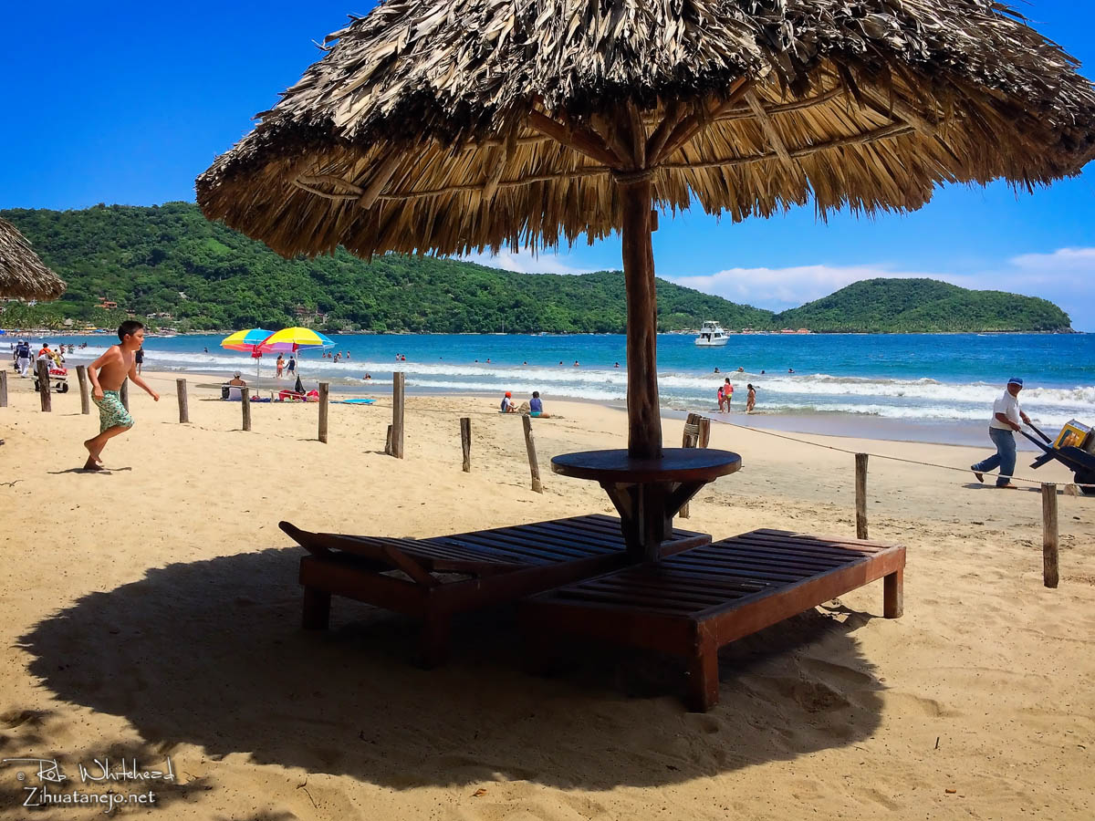 Playa La Ropa in Zihuatanejo, Mexico